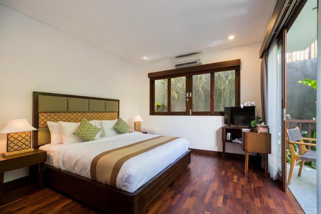 Deluxe Double Room or Twin Room - Breakfast